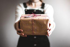 Geschenk - Cadeau